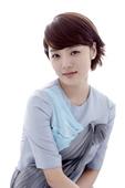 韩国女演员蔡琳对自己出演的新剧《干得好干得好》显示出了很大的热情,不仅专门为该剧去学习陶艺,还剪掉了...