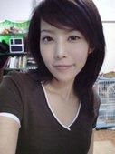 台湾网络上的正风靡一个自称兽医的MM,完美的脸蛋和身材让许多人嫉妒为PS所谓……