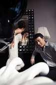 作为圈内有名的明星情侣,王雅捷和于洋在多部影视剧中的默契配合让不少人羡慕不已。日前,两人在某杂志推出...