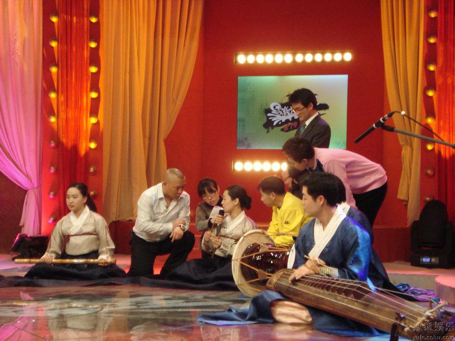 流行歌曲乐队总谱-韩国国立乐团-娱乐图片库 郭德纲 星夜故事秀 首次演唱 流行歌曲